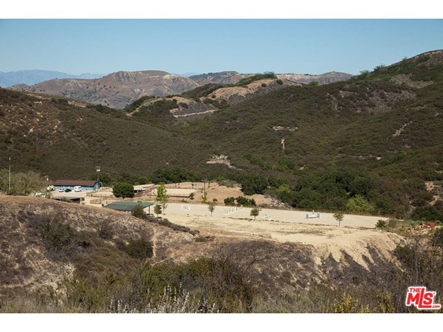 2703 APRIL Road Agoura, CA 91301 - MLS #: 16113324