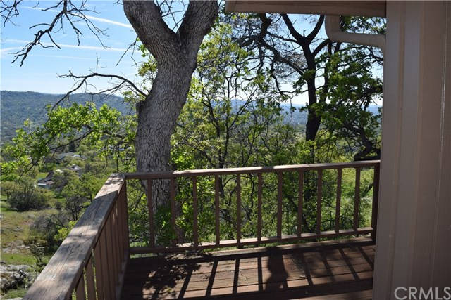 41622 Lilley Mountain Drive Coarsegold, CA 93614 - MLS #: YG17065244