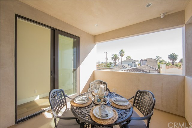 420 10th Huntington Beach, CA 92648 - MLS #: CV17022999