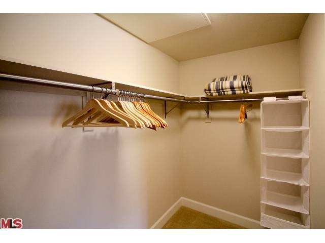833 Americana Way Unit 519 Glendale, CA 91210 - MLS #: 14746723